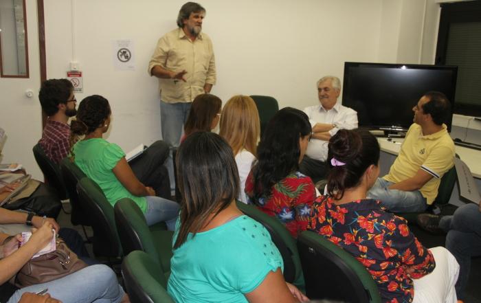Luiz Antonio Santini participa de roda de educação permanente especial sobre o Câncer e Atenção Básica