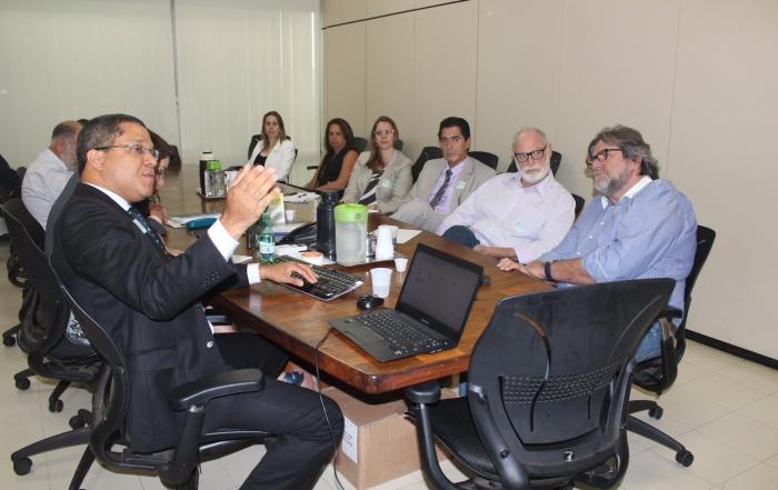 Associados se reúnem em Assembléia e encaminham debate sobre novos modelos de gestão para as Fundações