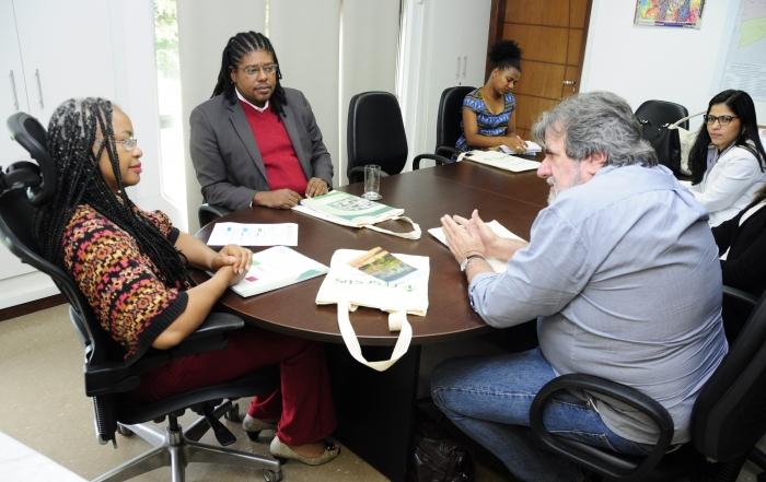 FESF-SUS apresenta Programa Primeiro Emprego a Secretária de Trabalho Renda Emprego e Esporte, Olivia Santana