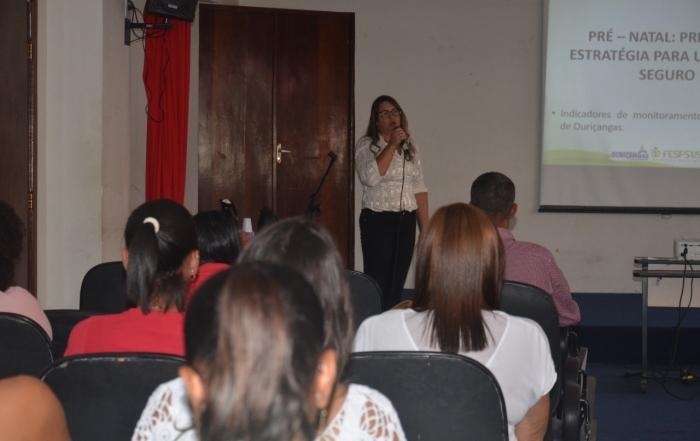 Experiência da enfermeira obstetra da FESF-SUS,  Ticiana Marques é apresentada em Madre de Deus (BA)