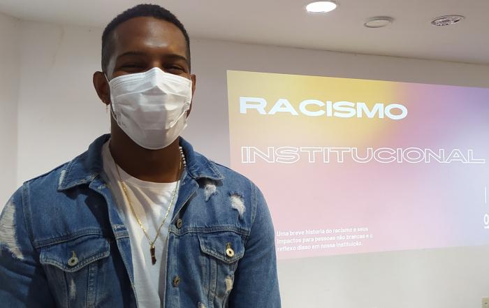 "Palestra ""Racismo Institucional e Seus Desafios Atuais"" abre as atividades do Novembro Negro FESF"